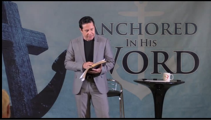 anchoring his